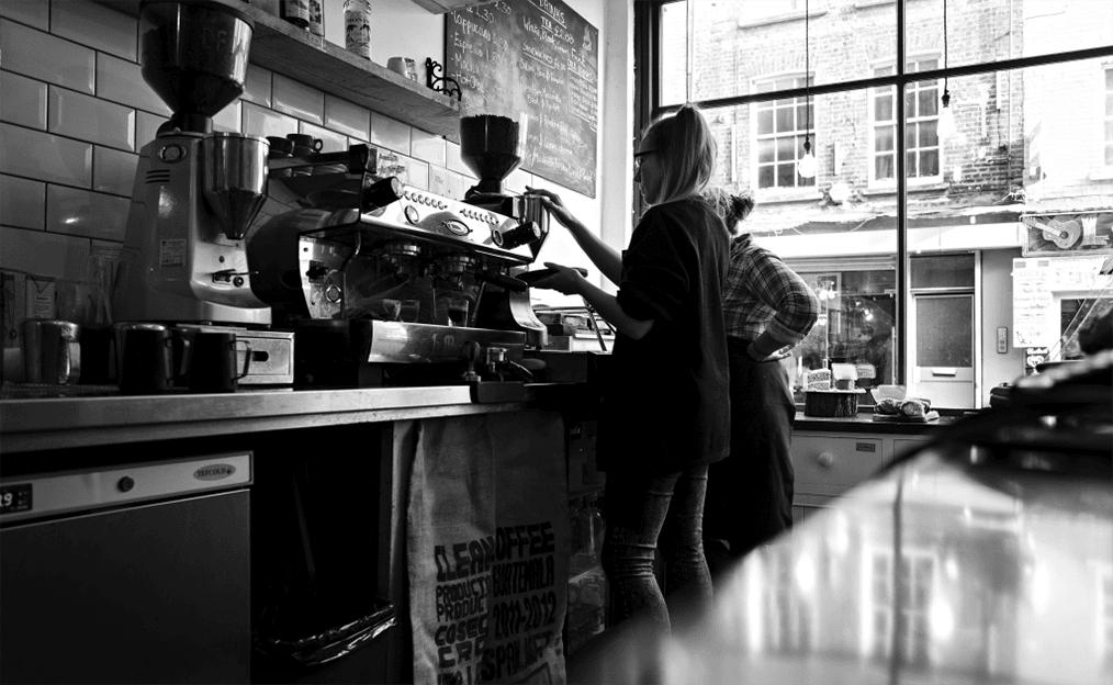 La Marzocco Linea PB Professional Traditional Espresso Machine Coffee Shop